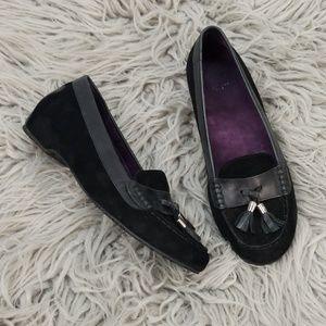 Weil Orthaheel Black Suede Tassel Flats size 8